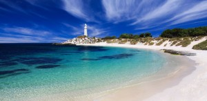Rottnest-Is-Bathurst-Lighthouse-900x439